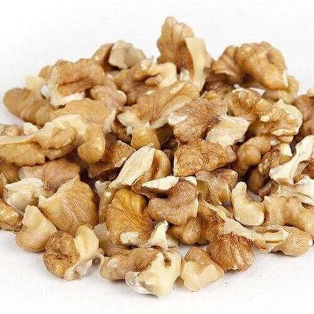 Walnut kernels pieces large