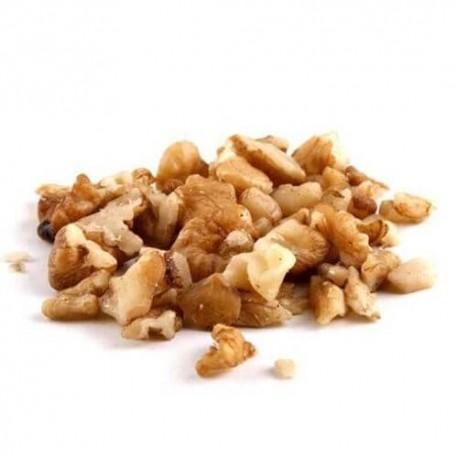 Walnut kernels pieces small